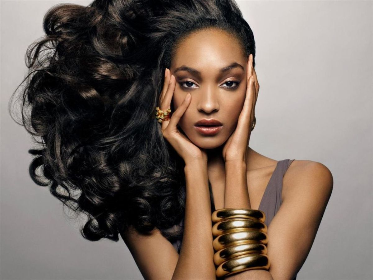 Jourdan Dunn is an English supermodel who was discovered in London in 2006 while shopping with a friend in a retail store that sold Irish clothing and accessories.
