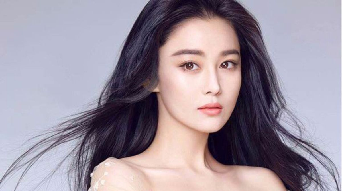 Zhang Xin Yu is a popular Chinese actress and model, but if you live in the United States, you may have seen her face but probably never knew her name. She was born and raised in Kunshan, Jiangsu, and graduated from Wuxi Institute of Commerce.