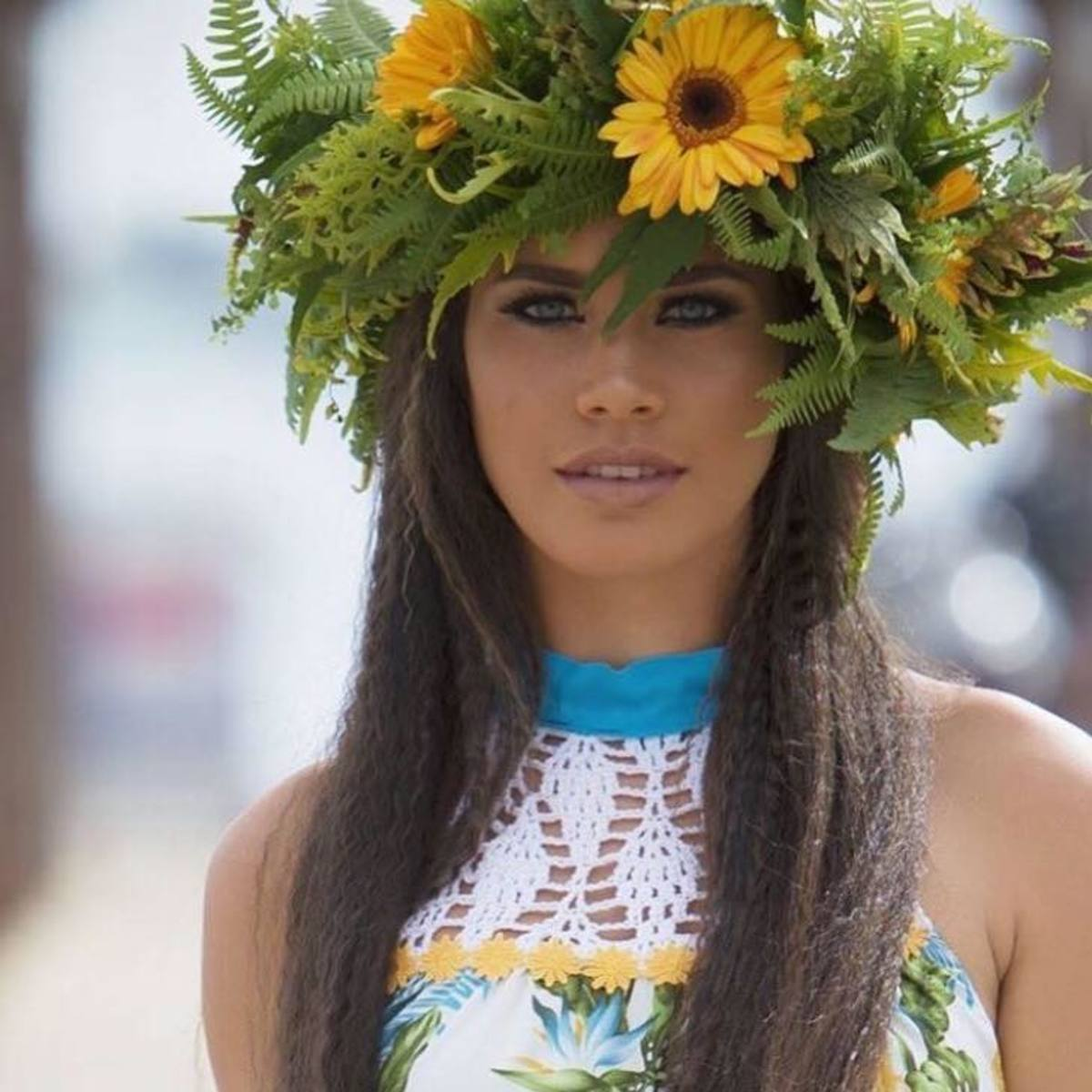 Onaku Ellis is a beautiful Polynesian woman who loves animals.  At the time of this writing, she was a student at the University of French Polynesia in Tahiti.