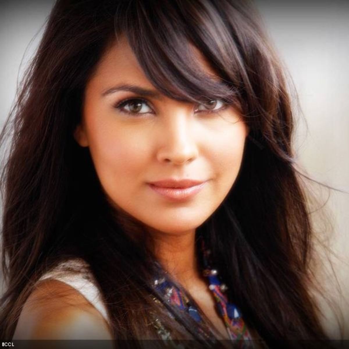 Lara Dutta Bhupathi of India was crowned Miss Intercontinental 1997 and Miss Universe in 2000.  She graduated with a degree in economics from the University of Mumbai.