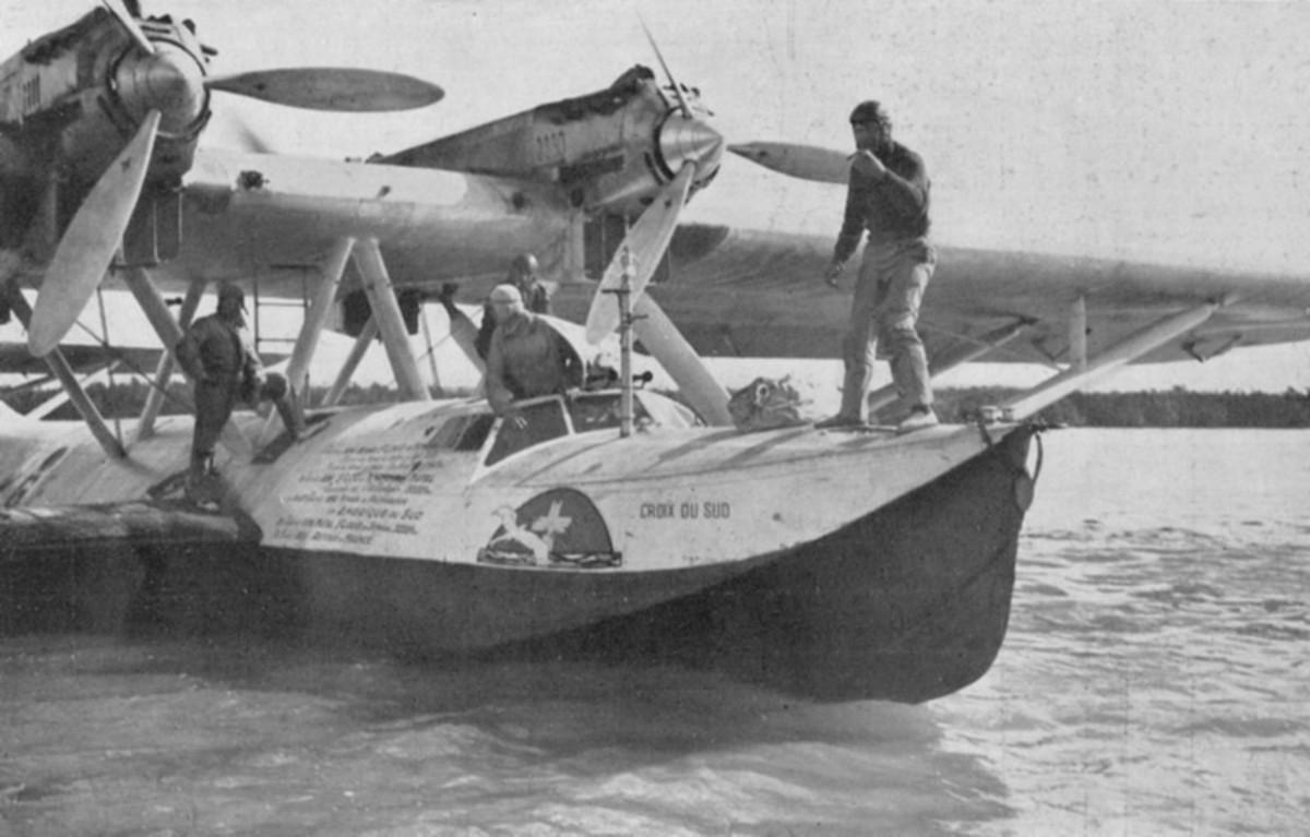 Croix-du-Sud arriving at Natal with her sacks of mail for transport onwards