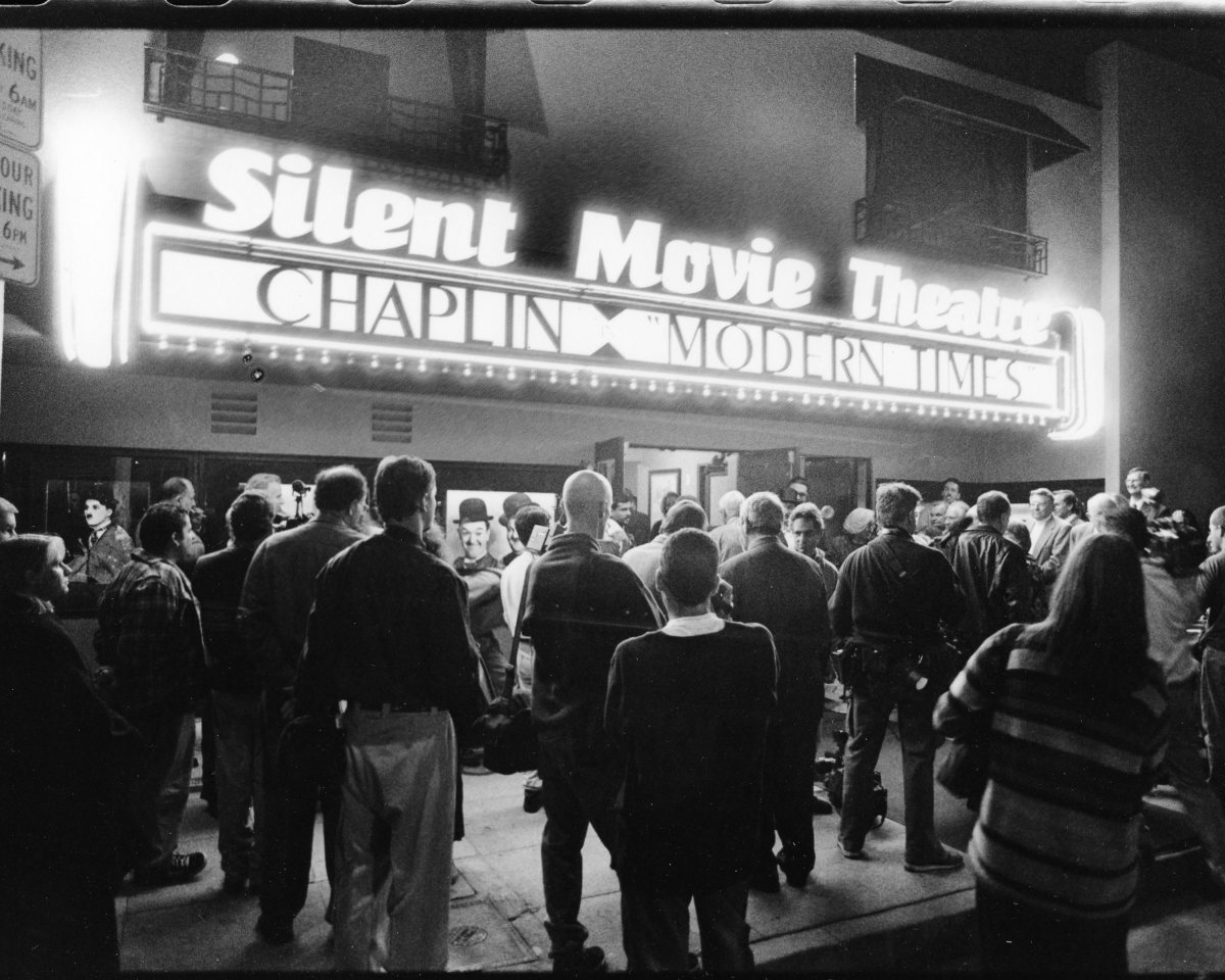 Murder at the Silent Movie