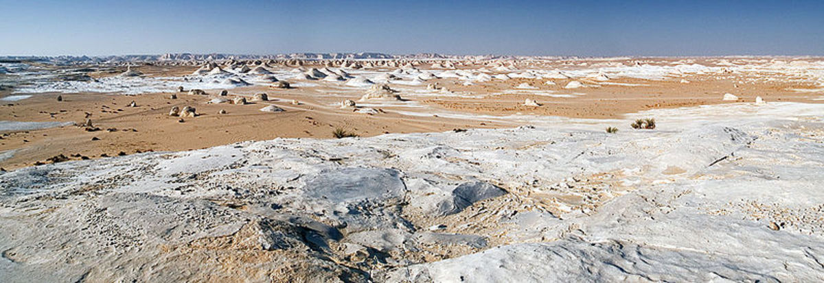 The White Desert - between Farafra and Bahariya oasis - western Egypt.