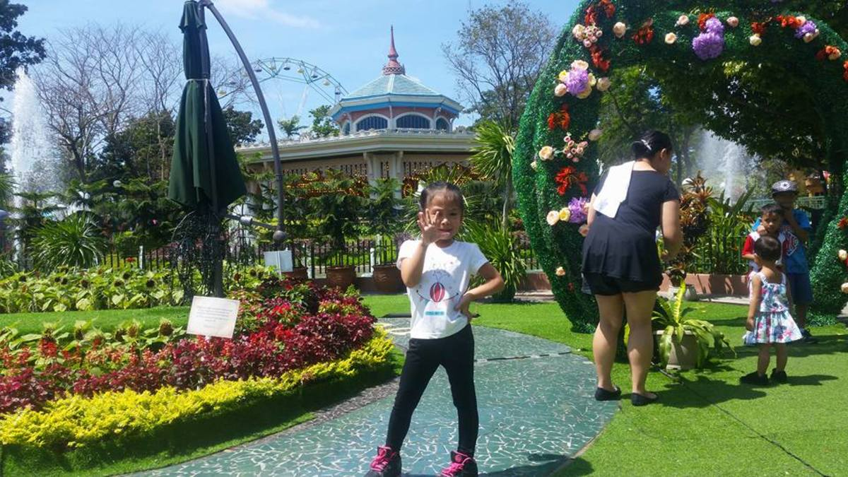 our-trip-to-enchanted-kingdom