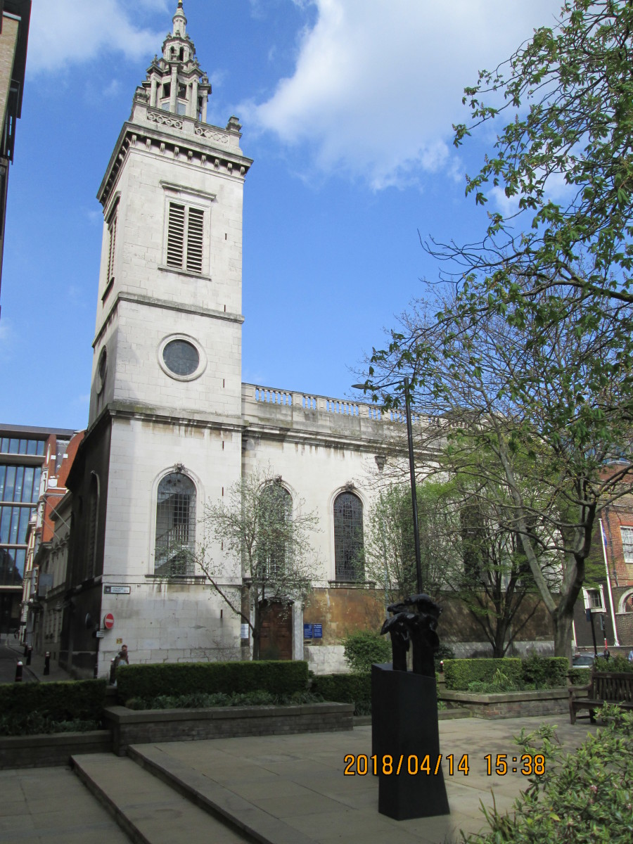 Looking closer from Upper Thames Street, an uninterrupted view of the tower overlooking College Street, a narrow road that leads northward into a myriad of City thoroughfares
