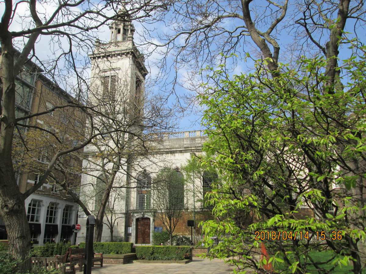 St Michael Peternoster Royale displays tall, narrow windows, more in keeping with tradition than Wren was associated with. London's first Lord Mayor Richard ('Dick') Whittington - thrice returned to the post - was interred in the crypt here