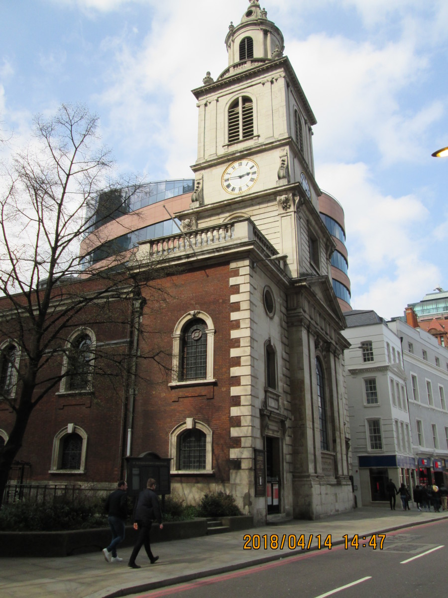 From the front, facing Bishopsgate, the church of St Botolph, patron saint of travellers - there are two other churches dedicated to him in the City, although only this one is a wren church.  the other two sited near the city gates as was this one