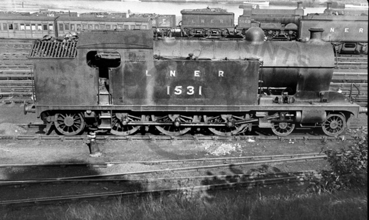Class A8 1531 stands waiting for duty in 1935 at Whitby... days of milk and honey? If you had the cash, although Saturdays would be busier
