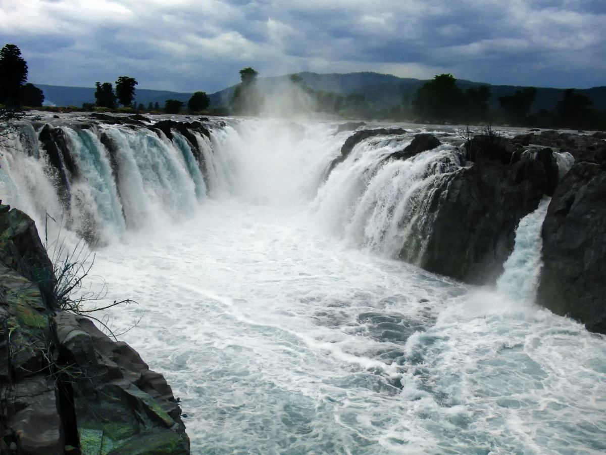 Hogenakkal Falls, the Niagara of India