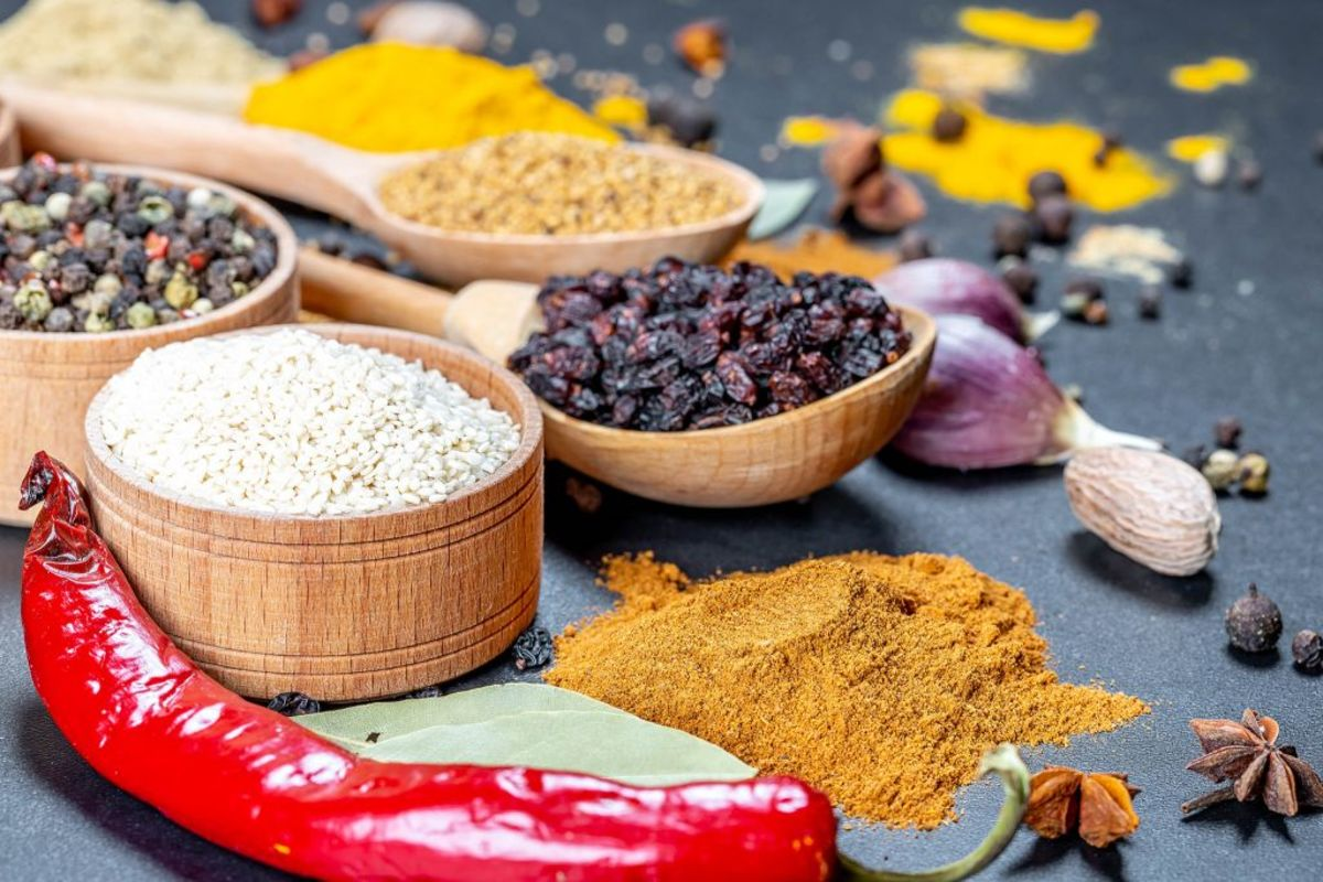 Many common loose herbs can be used to create aromatic incense blends.