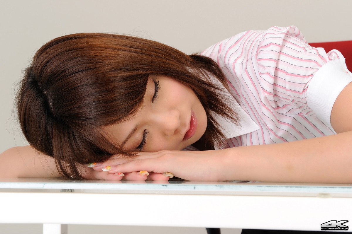 Is Sakura Mizutani taking a nap?