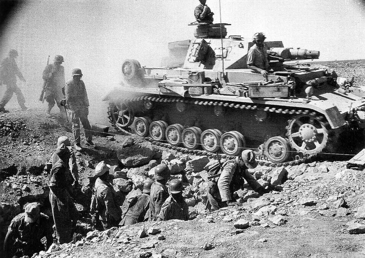 German tanks push into the inner defenses of the fortress Tobruk sping 1942.