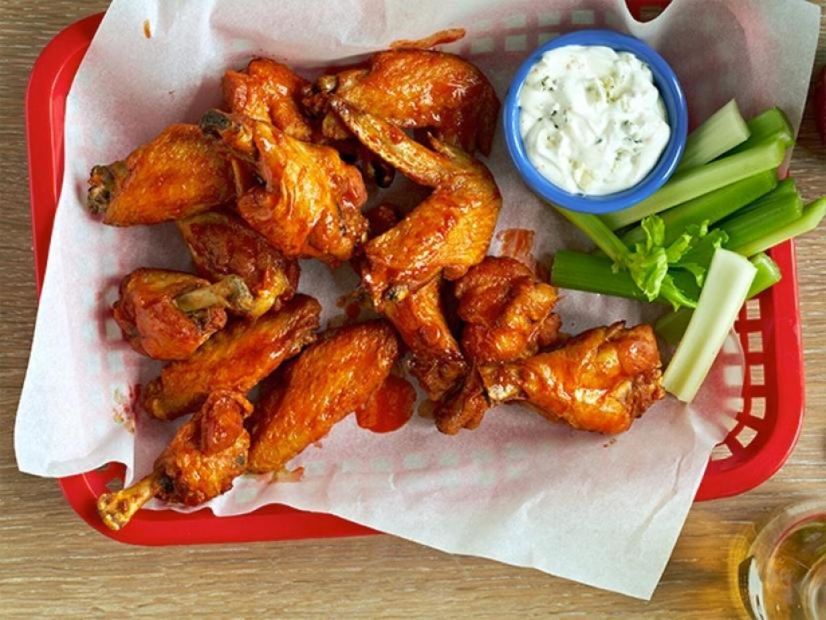 Hotwings: easy to prepare. Delicious to eat.