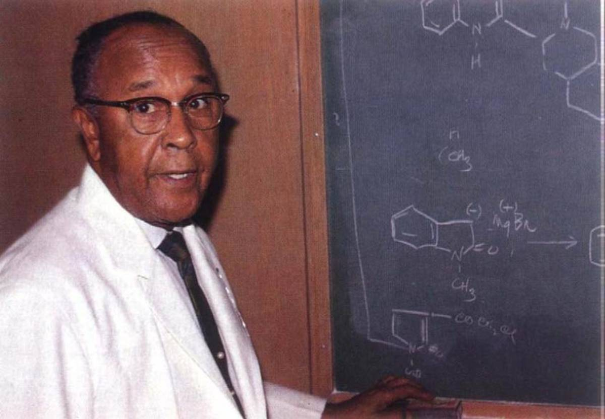 Percy Julian: First African-American Chemist Inducted into the National Academy of Sciences