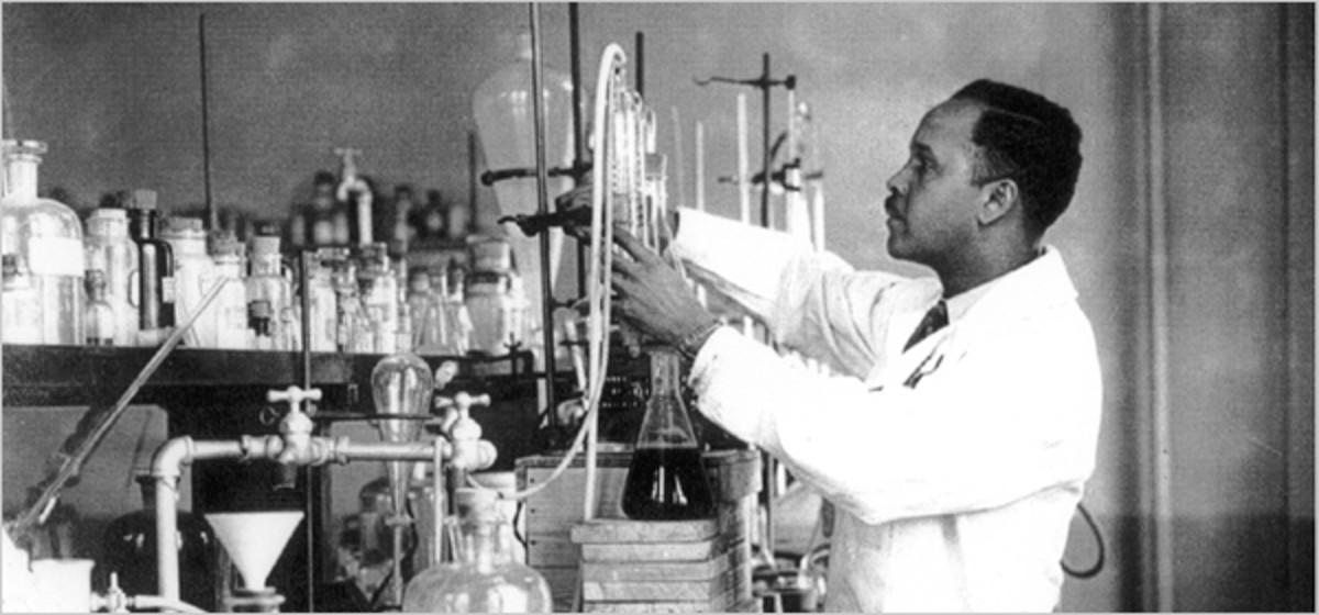 Percy Julian in labratory