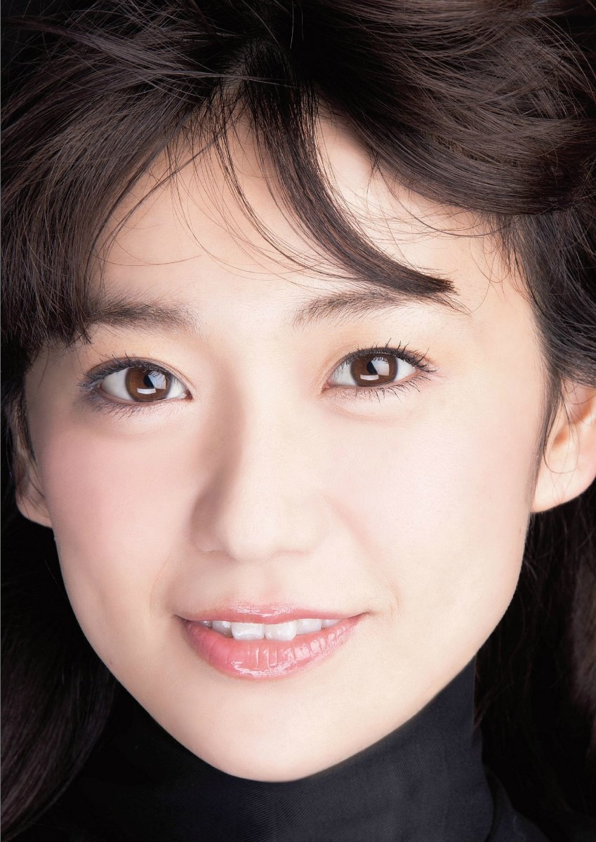 akb48-japanese-idol-singer-yuko-oshima