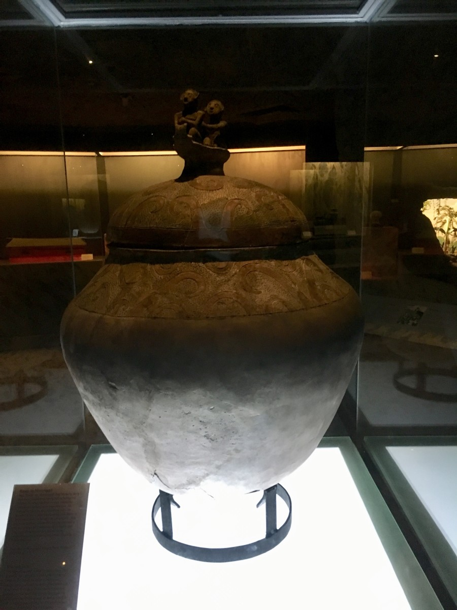 "A piece displayed at the ""Kaban ng Lahi"" (Archaeological Treasures)"