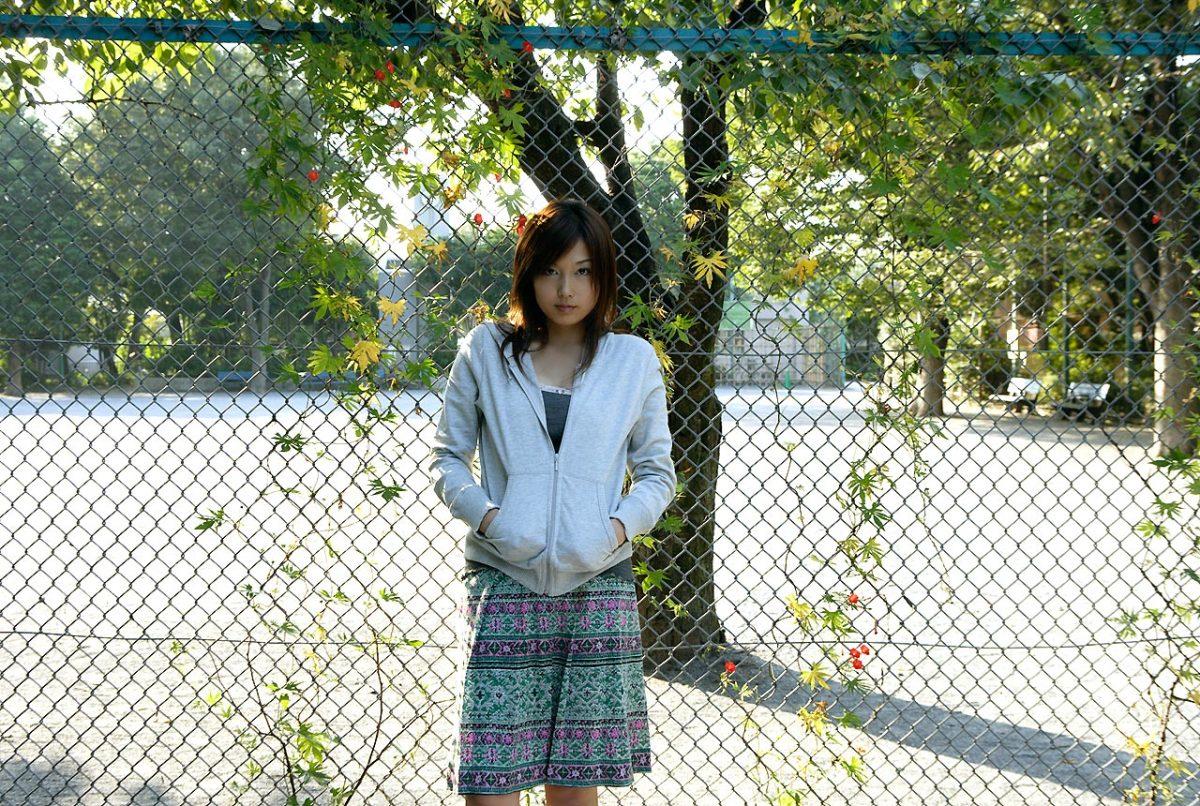 how-did-yoko-mitsuya-enter-the-fashion-modeling-industry
