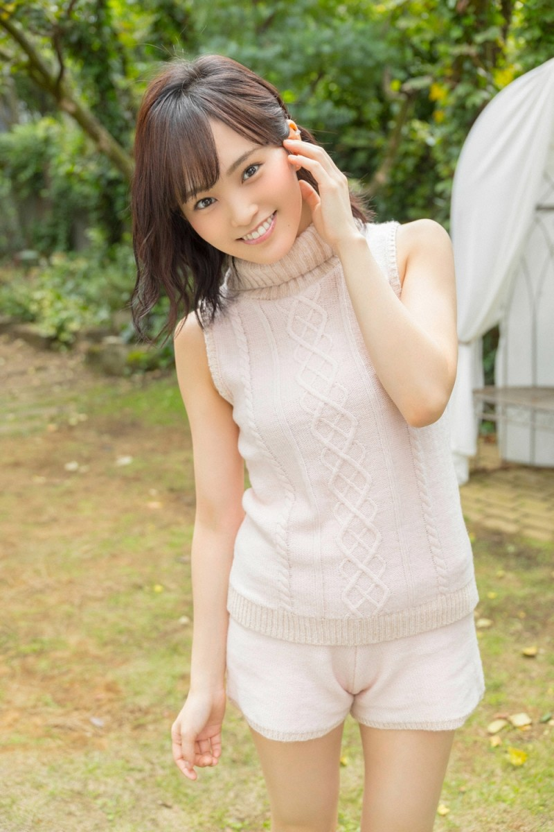 Why Is Singer Sayaka Yamamoto Important to the Japanese Pop Music Industry?