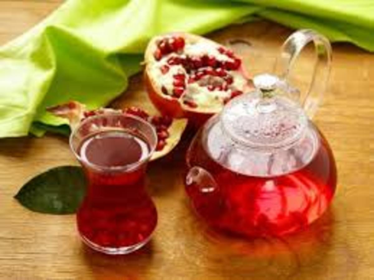 Why Should You Drink Pomegranate Peel Tea Every Day?