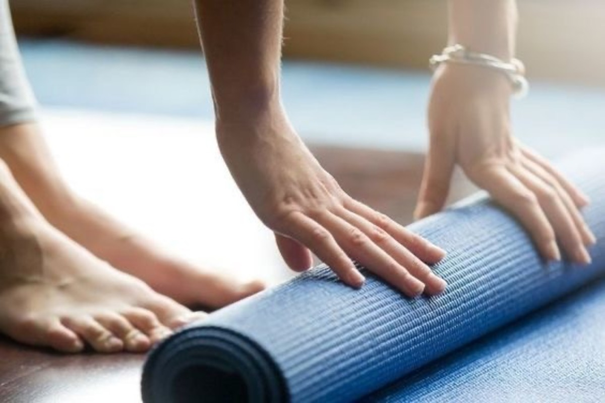 how-to-create-your-own-yoga-practice-at-home