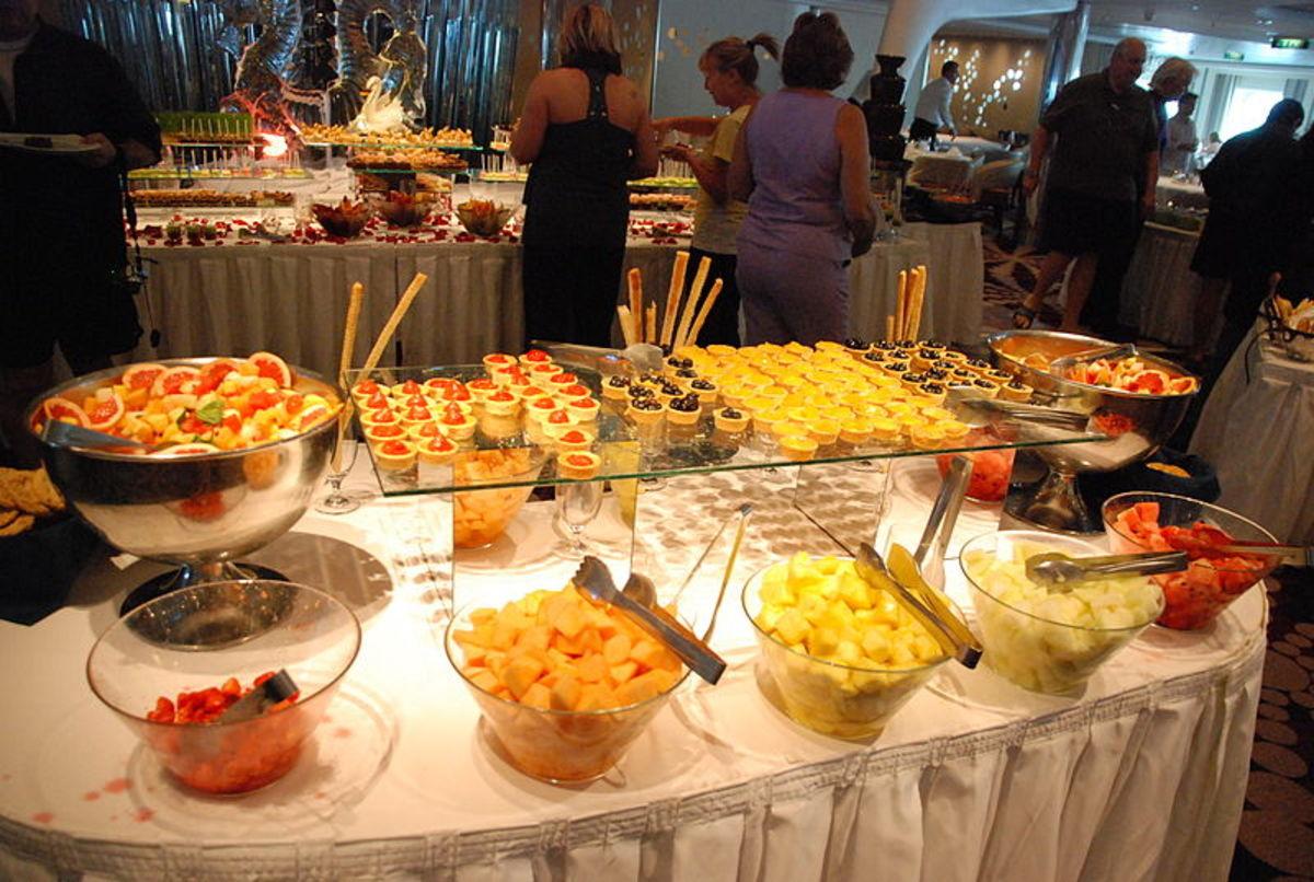 Serve-yourself brunch buffet