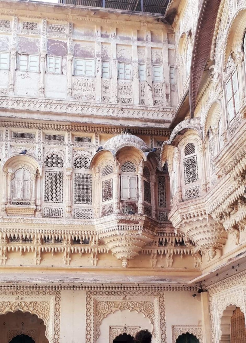 Well carved outer walls of the Mehrangarh Fort
