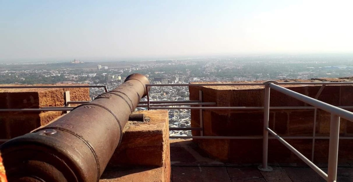 The Cannons at the Fort Terrace, overlooking the entire city.