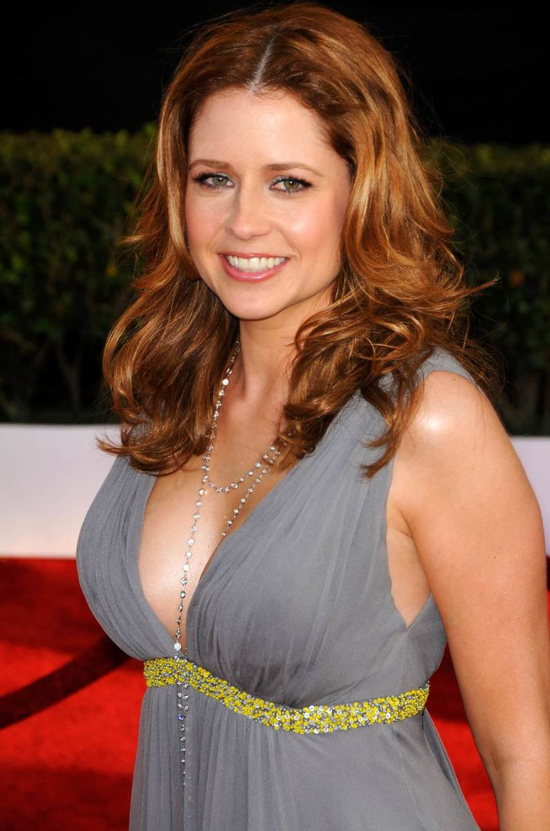 Jenna Fischer played Pam Beesly, love interest of Jim Halpert and one of the original characters of the series The Office.