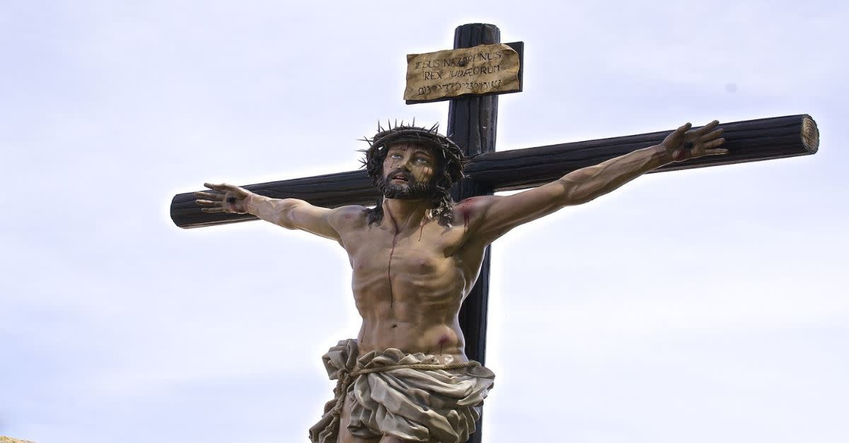 jesus-death-on-the-cross-hour-by-hour