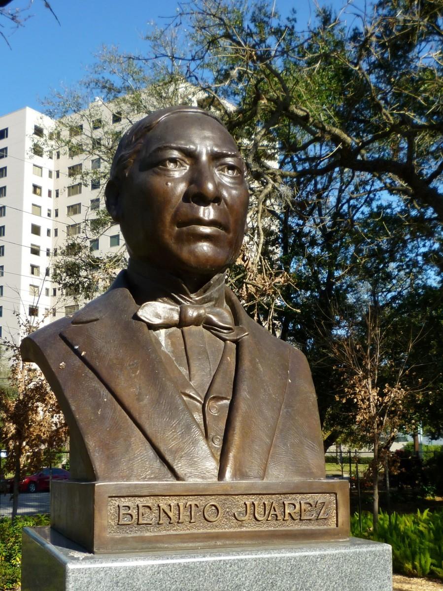 Benito Juarez Sculpture
