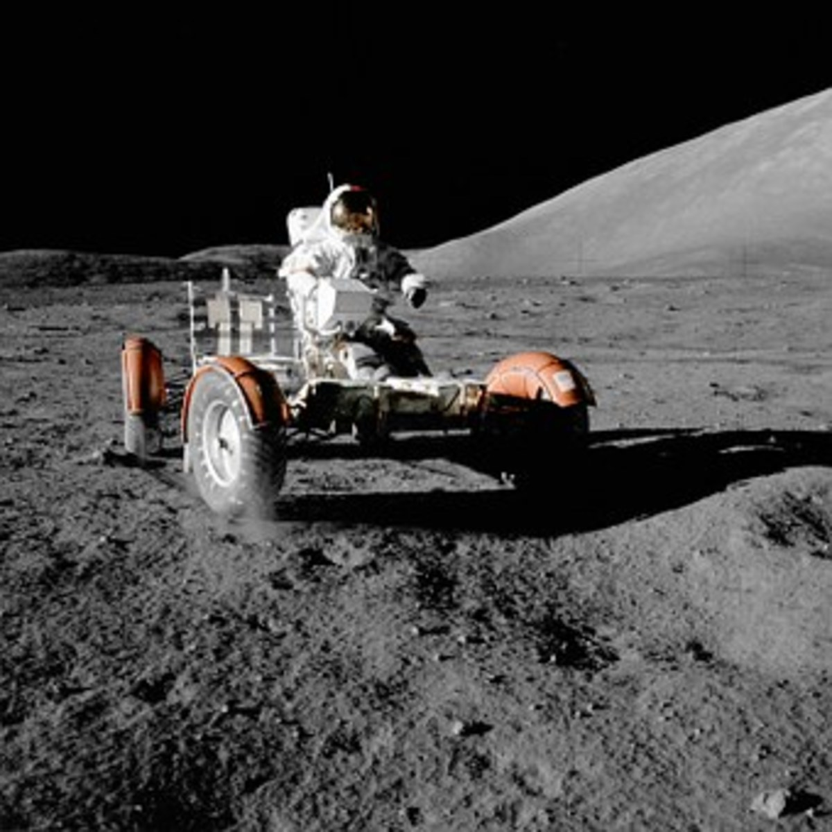 Mission on the Moon study the eaeth