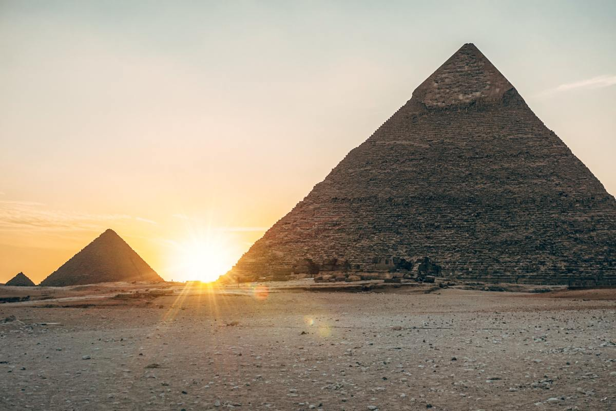 how-the-pyramids-were-built
