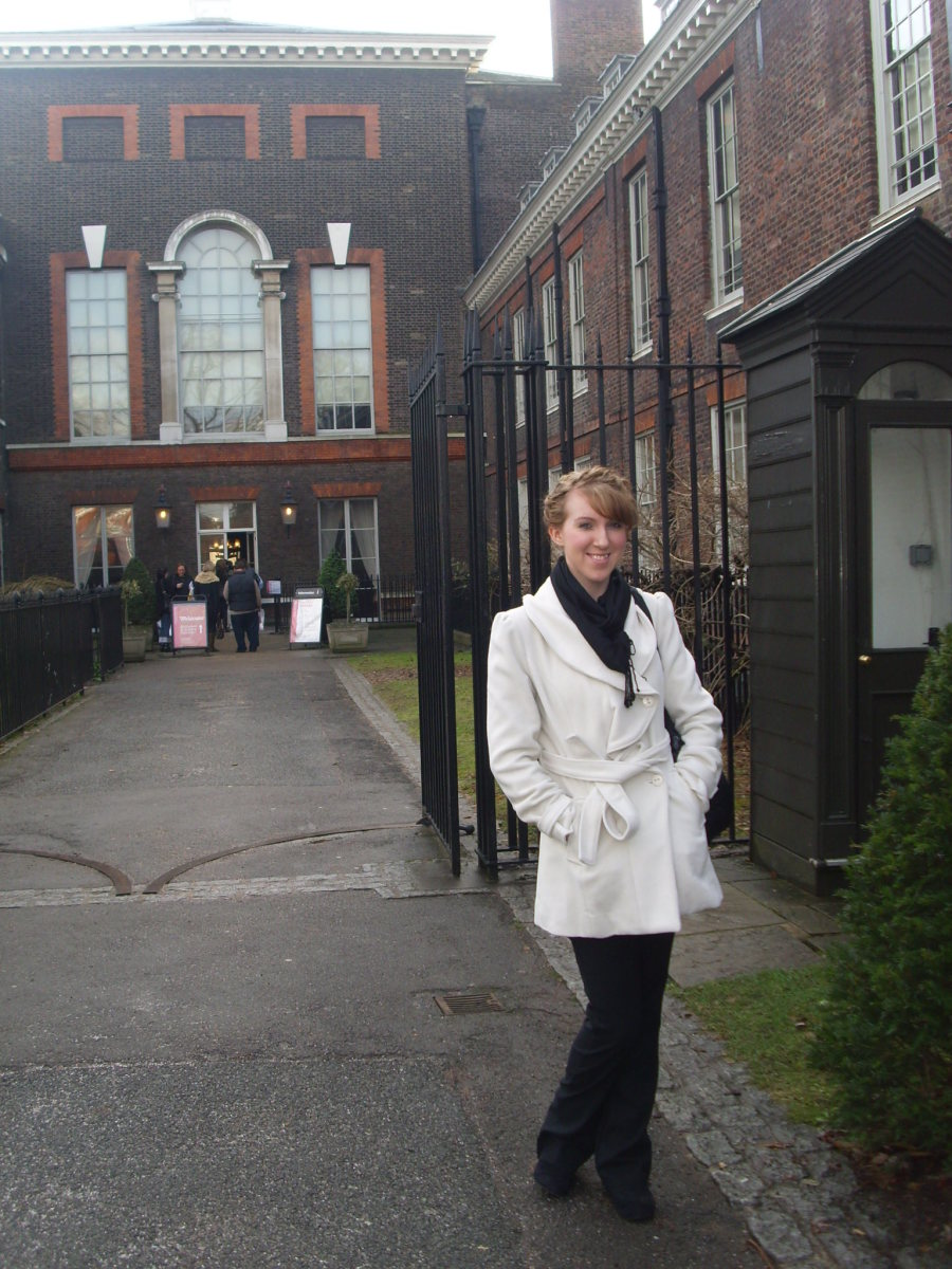 Outside Kensington Palace