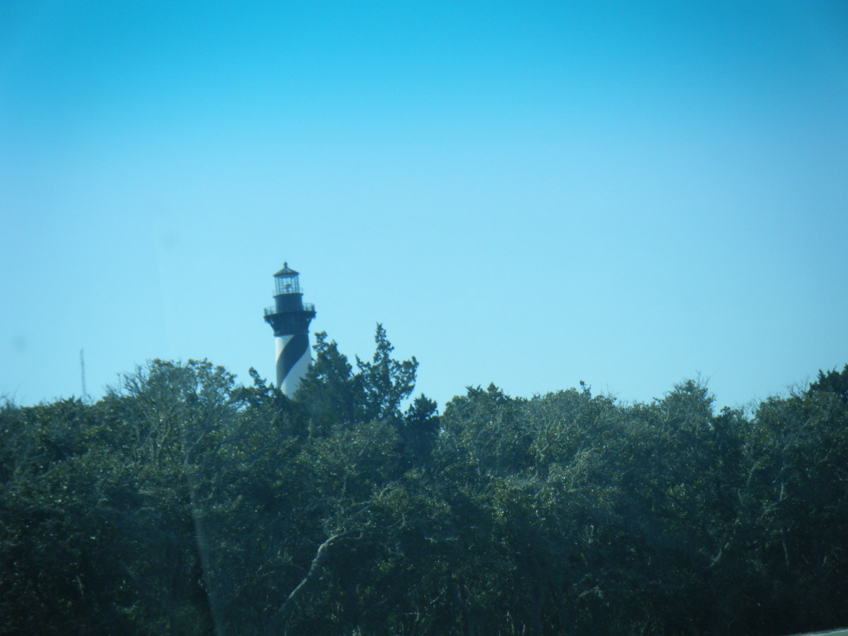Hatteras Lighthouse Photos By Thomas Byers and are the property of Thomas Byers