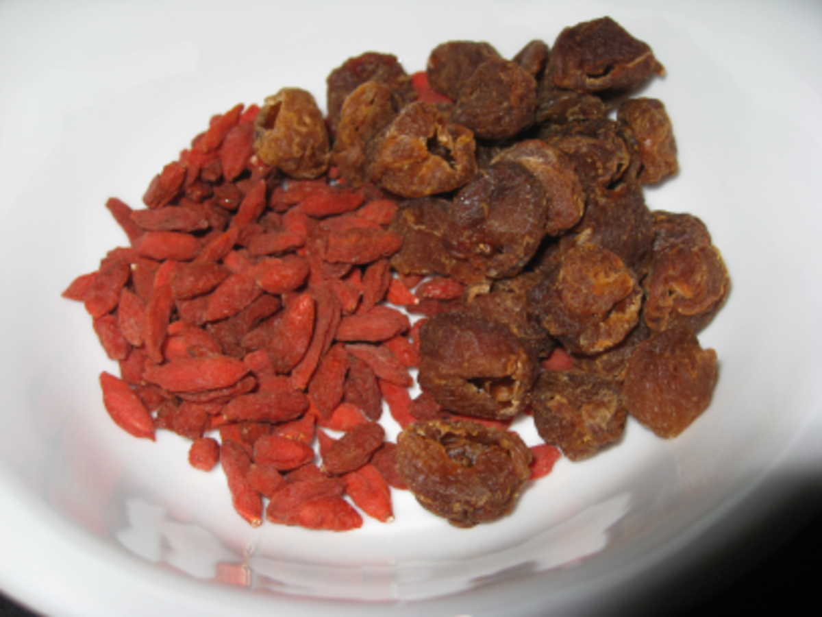 Dried longans on the right and goji berries on the left--a sweet combo for any soup.