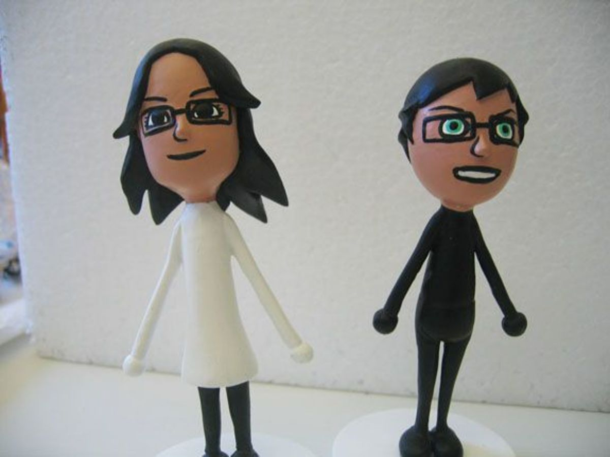 Mii Cake Toppers (image from adampsyche via Flickr)