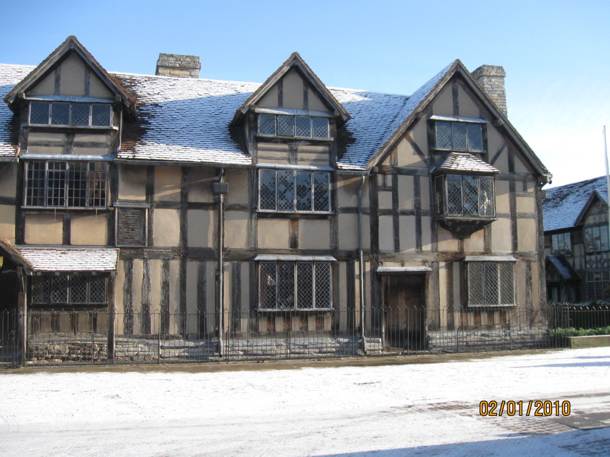 Shakespeare's Birthplace. Stratford Upon Avon. Copyright Tricia Mason 2010