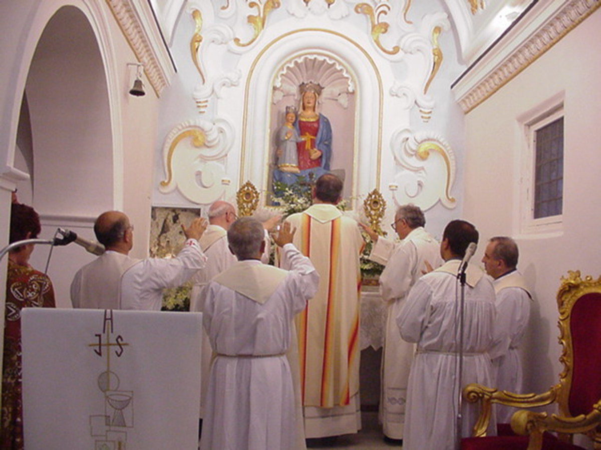 ADORATION OF MARY