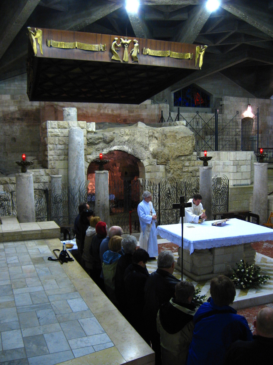 LATIN MASS AT CHURCH OF THE ANNUNCIATION IN NAZARETH