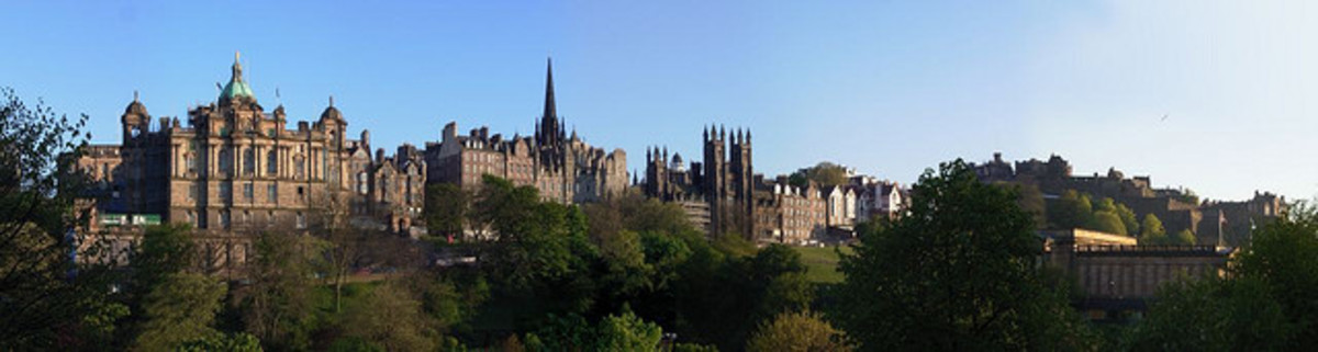 The History and Architecture of Famous Churches in Edinburgh