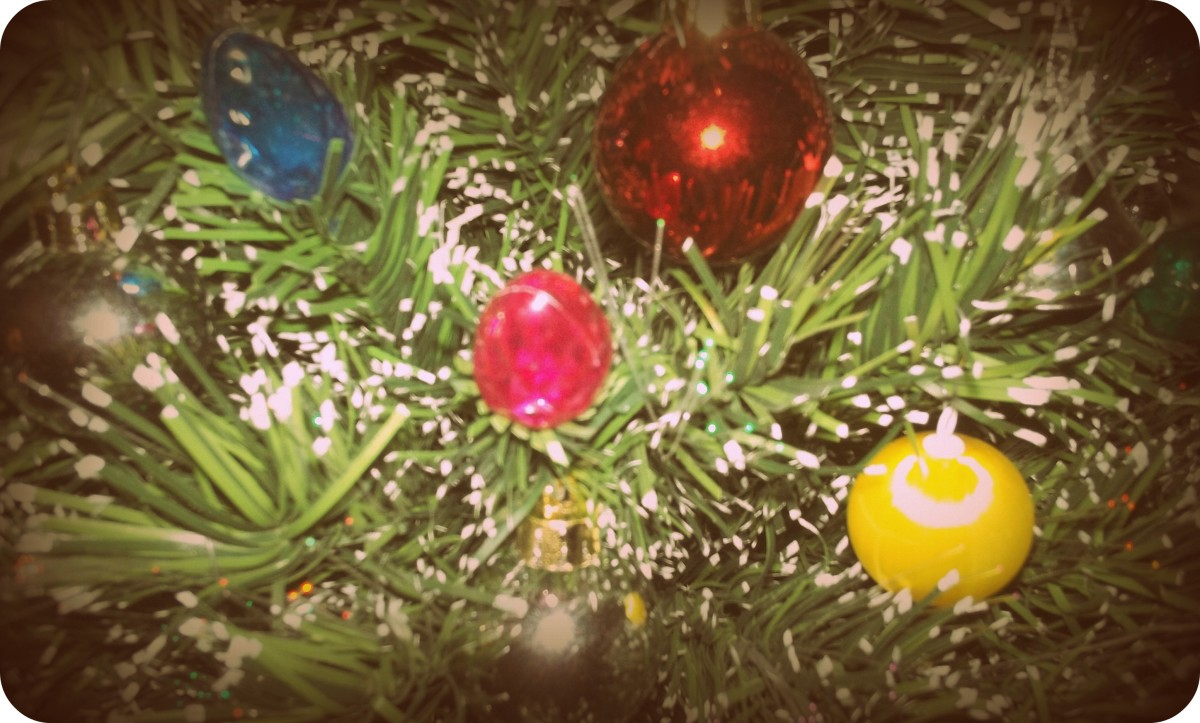 Ornaments - Yestercolor