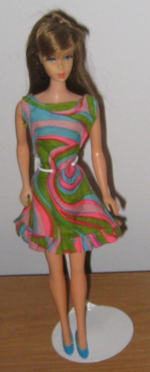 Twist 'n Turn Barbie in Swirly Cue