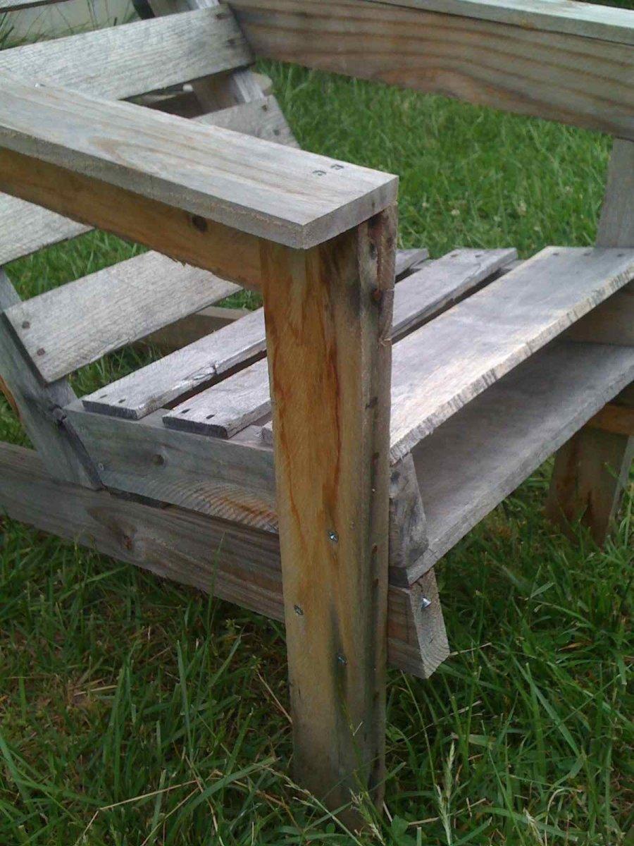 reclaimed-lumber-furniture