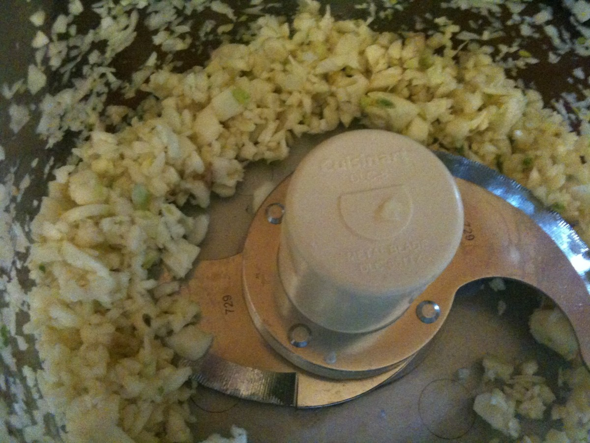 Use a food processor to process the garlic to just about this size - far easier than mincing by knife, especially when you're using a lot!