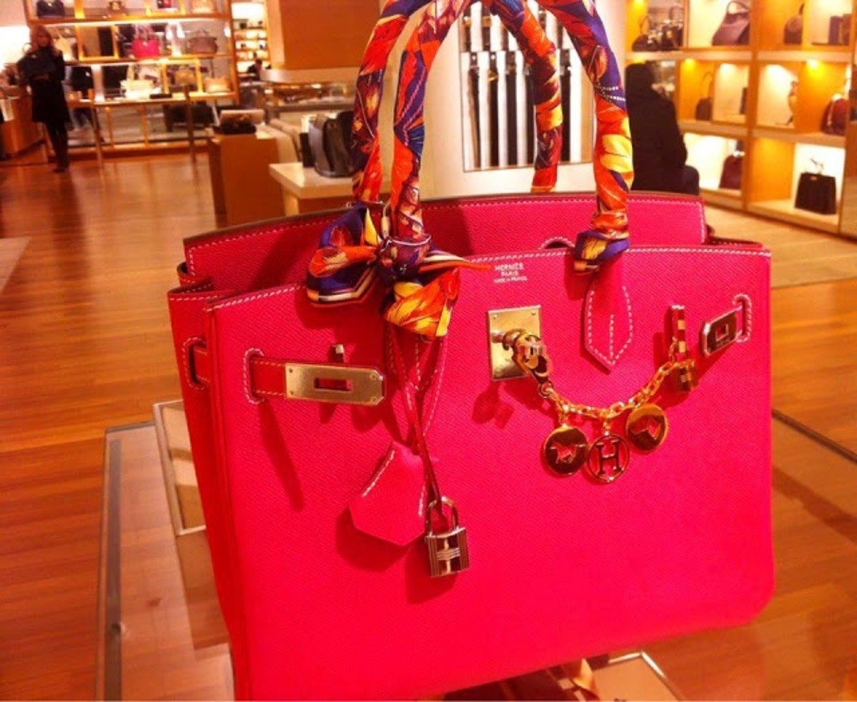 Attention Men, Birkin Bags are Not GIFT made for you..!