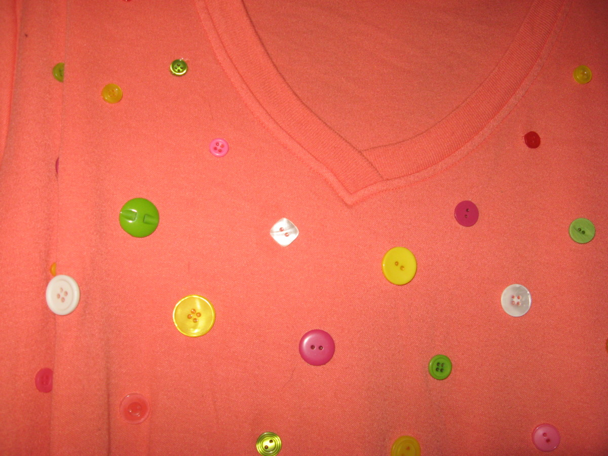 You can even use buttons for T shirt designs.