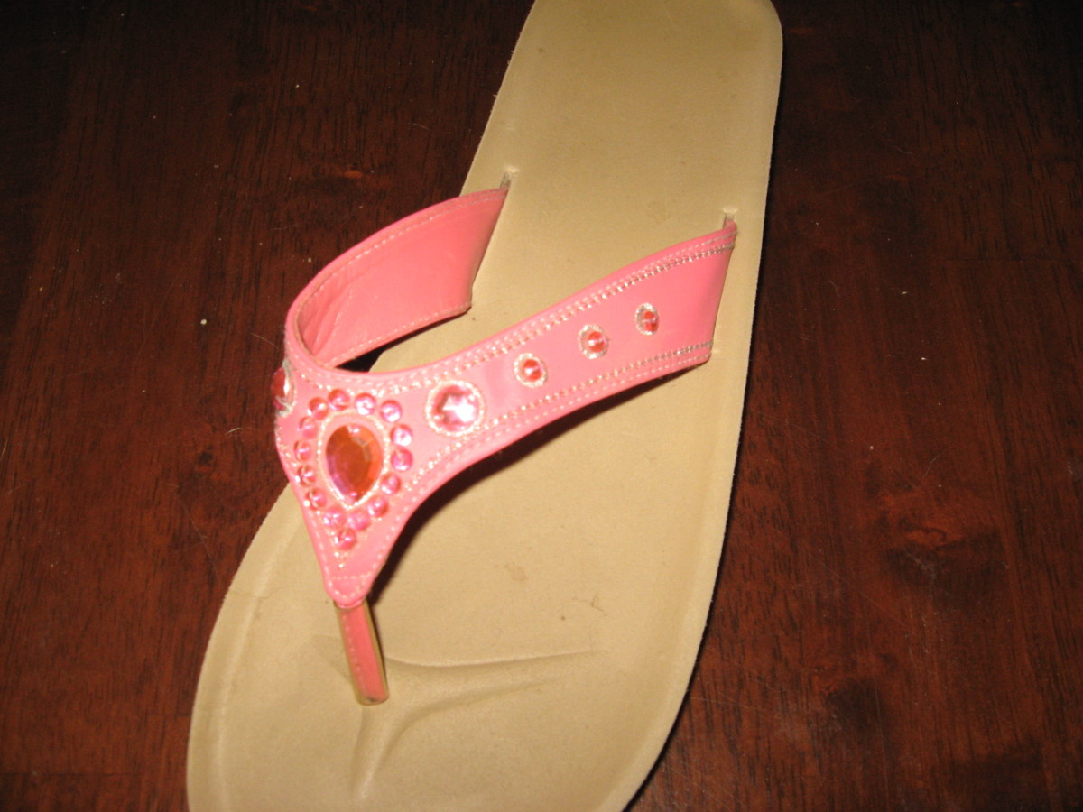 Decorate flip-flops with rhinestones and/or paint!