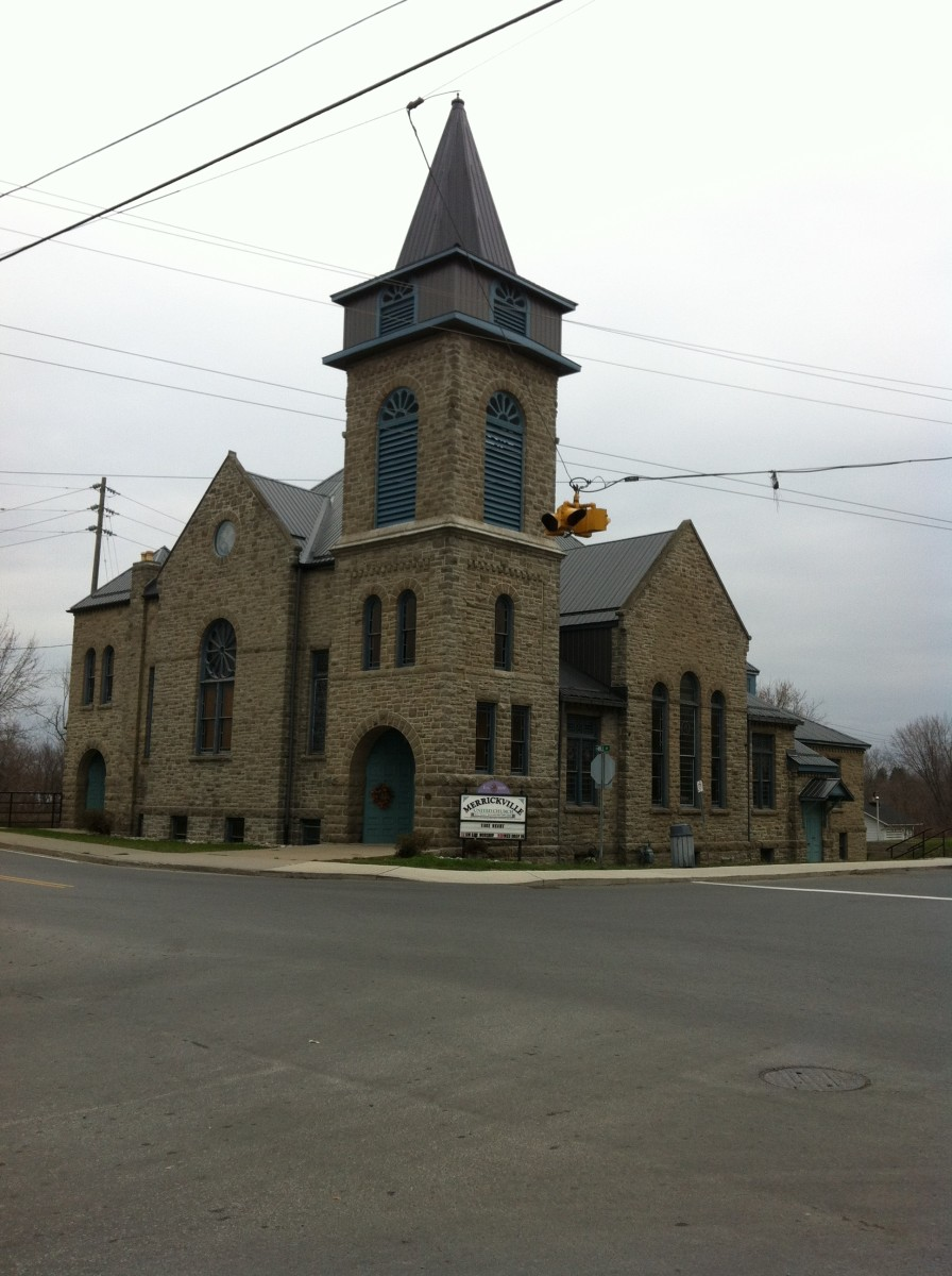 The United Church is one of many lovely stone buildings you will see in Merrickville.