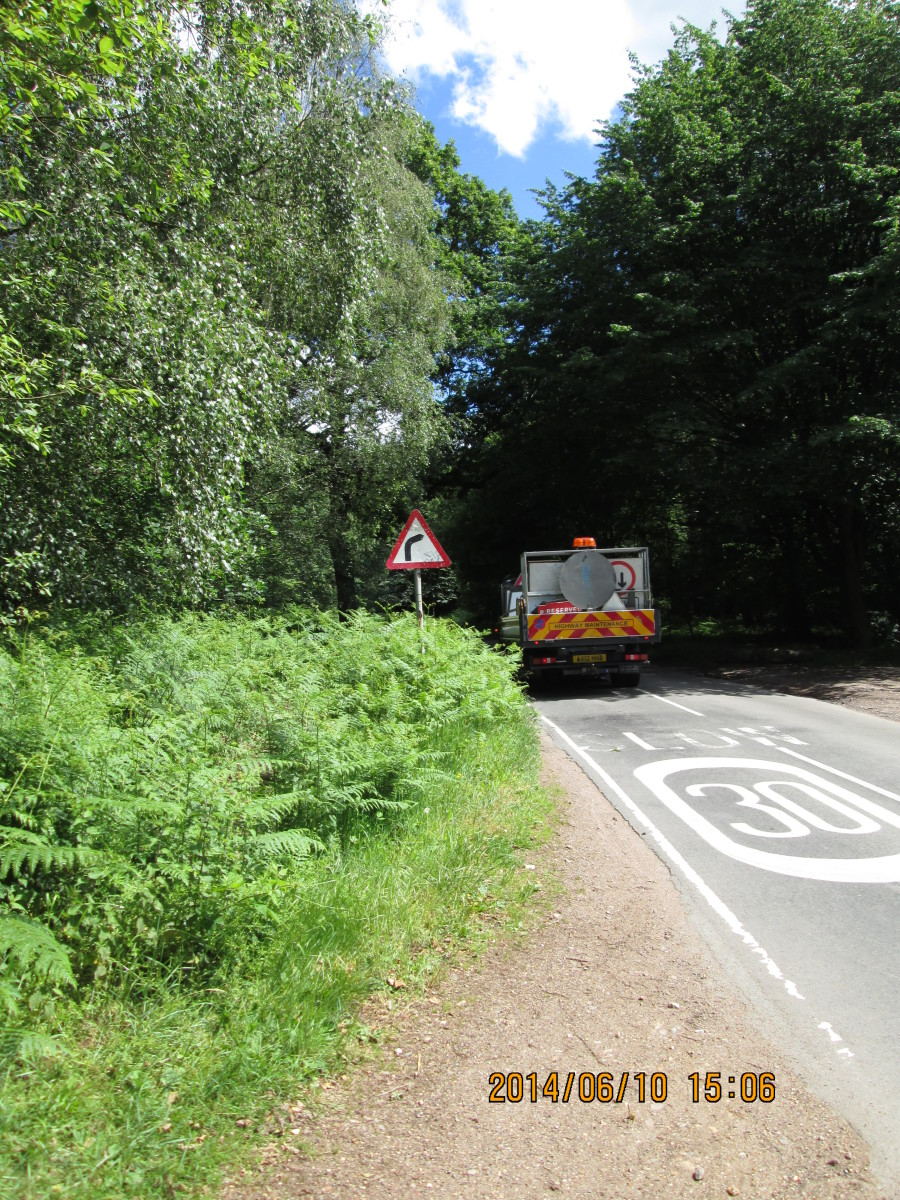 We've come to the road that links High Beech - others write it as 'High Beach' - with the Waltham road and Epping Upland